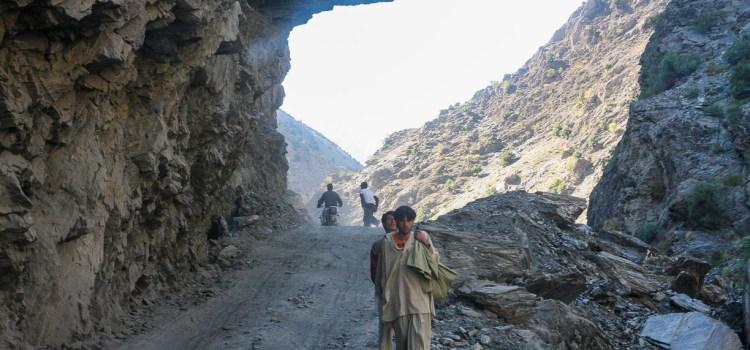 In Karakorum, sulle tracce dei talebani e di Alessandro Magno. Da Alpinismi
