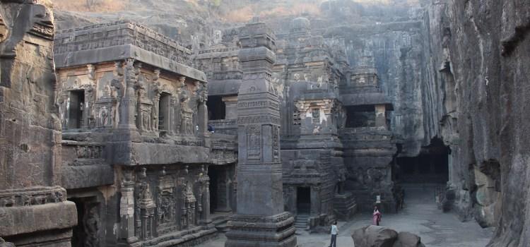 Il monte Kailāśa in India: viaggio nelle grotte scolpite di Ellorā. Prima parte