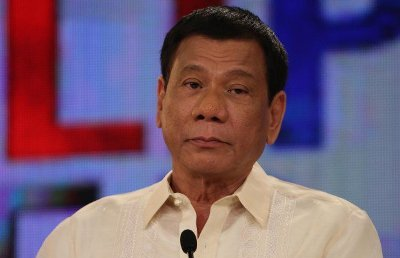 INTERNATIONAL - Duterte jokes about smoking marijuana