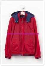 DeFacto genç erkek kırmızı kapşonlu yağmurluk-45 TL