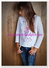 Mango kız çocuk boncuklu dallas tişört-25 TL