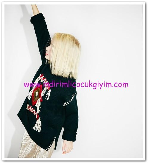 Zara kız çocuk siyah el işlemeli örgü kazak-80 TL