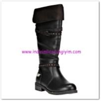 FLO kız çocuk siyah çizme-85 TL