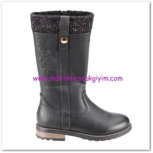 Flo kız çocuk siyah çizme-130 TL