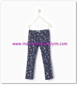 Zara kız çocuk mavi çiçekli pantolon-36 TL