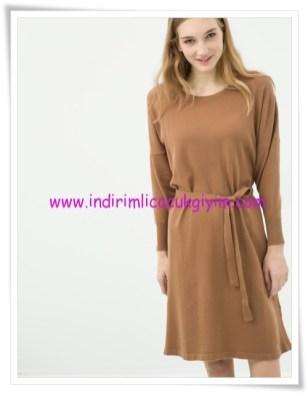 Koton taba kuşaklı genç kız elbise-18 TL