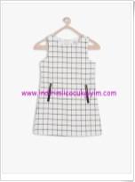 Koton kız çocuk beyaz ekoseli elbise-33 TL