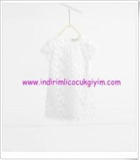 Zara kız çocuk beyaz elbise-90 TL