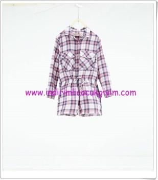Zara kız çocuk kareli elbise-76 TL