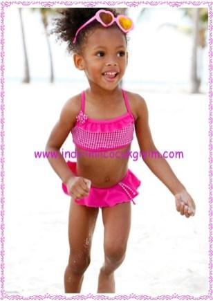 Bonprix koyu pembe kareli kız çocuk bikini-40 TL