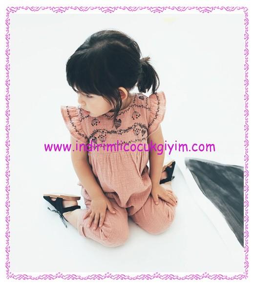 Zara kız bebek işlemeli pembe tulum-90 TL