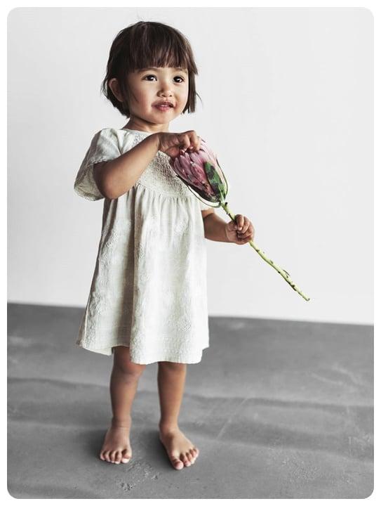 ekru-melanj-kiz-bebek-elbise-100-TL