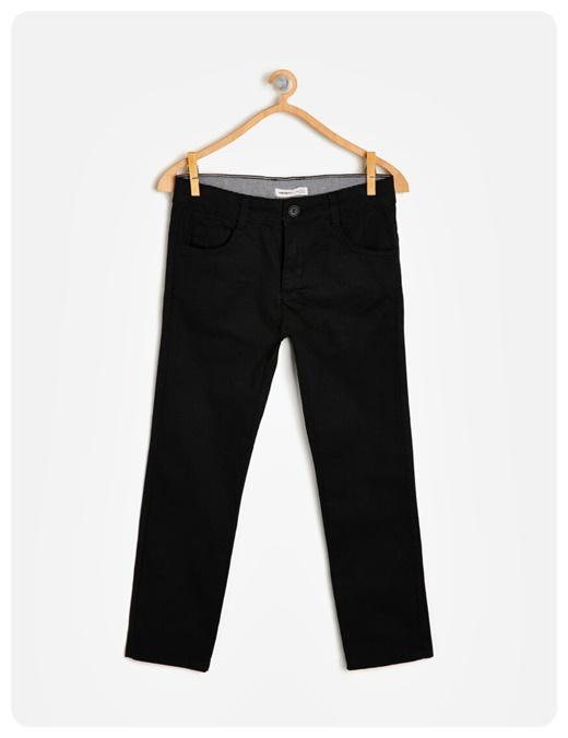 cep-detayli-siyah-pantolon