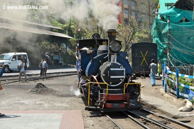 दार्जिलिंग हिमालय रेलवे