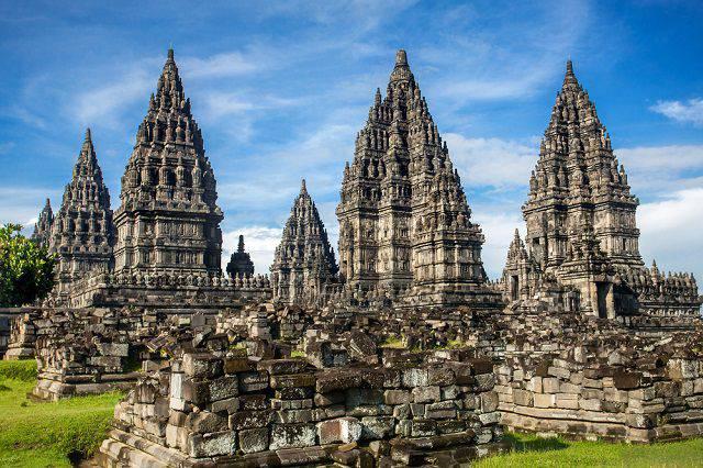 प्रमबनन मंदिर परिसर - जावा - इंडोनेशिया