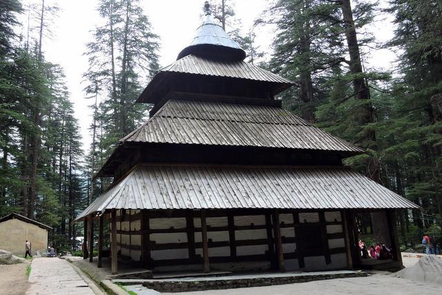 हिडिम्बा देवी मंदिर - मनाली