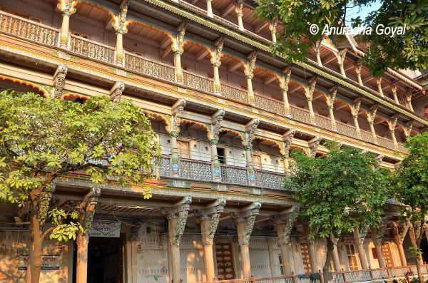 अहमदाबाद का कालूराम स्वामीनारायण मंदिर