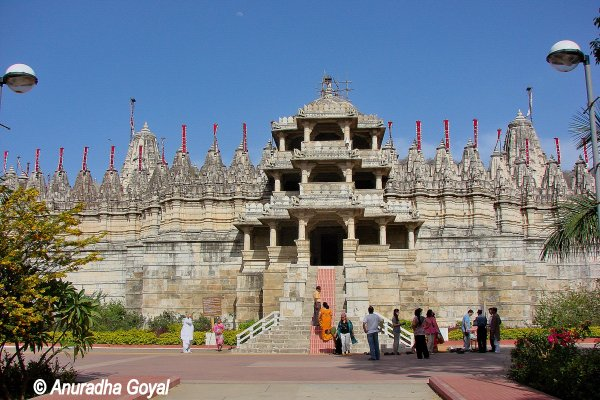 रणकपुर का चौमुखा जैन मंदिर
