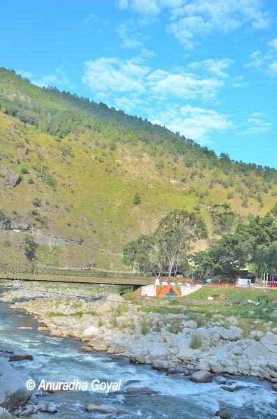 अरुणाचल के पर्वत और नदियाँ