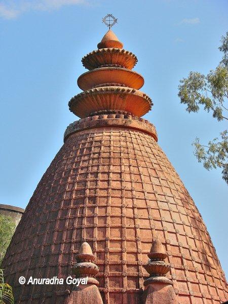 विष्णु दोल - शिवसागर, असम