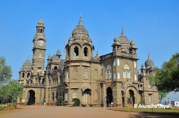 कोल्हापुर का नवीन राजमहल
