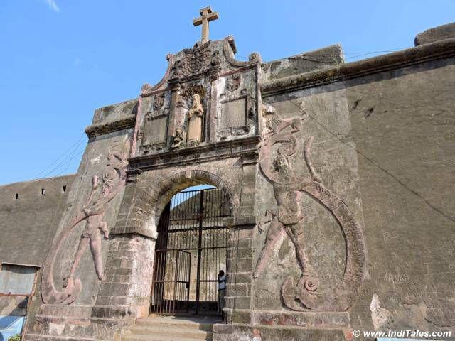 सेंट जेरोम दुर्ग का मुख्य द्वार