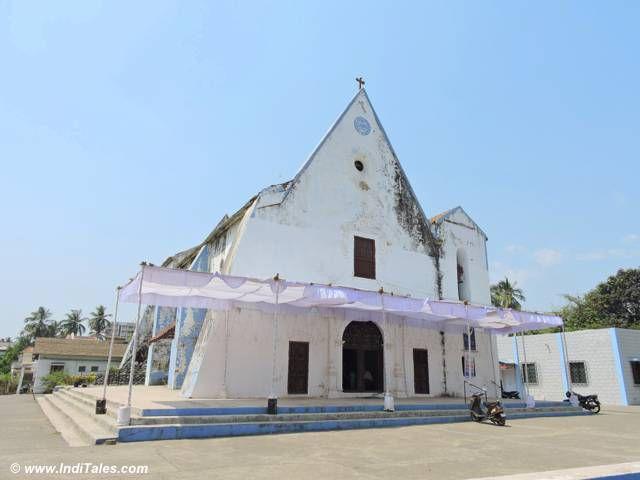 चर्च ऑफ़ आवर लेडी ऑफ़ रेमेडीज - मोटी दमन