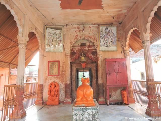 कपिल मुनि द्वारा स्थापित महादेव मंदिर - कपिल धारा - काशी