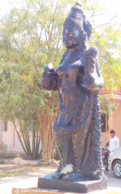 तेलुगु तेल्ली प्रतिमा