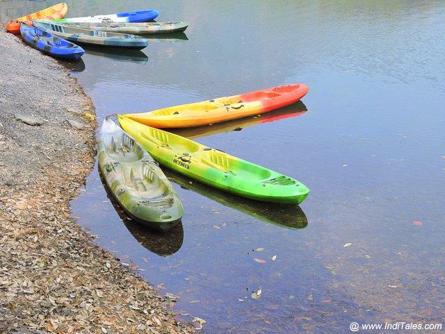 सात ताल के पास नौका विहार का सामान - उत्तराखण्ड