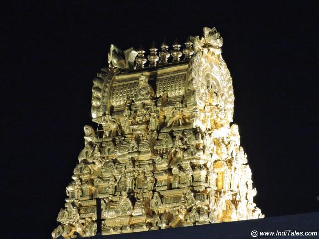 कांची कामाक्षी मंदिर का स्वर्णिम गोपुर