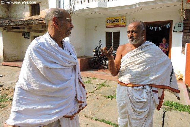 संस्कृत संभाषण करते मत्तूर निवासी