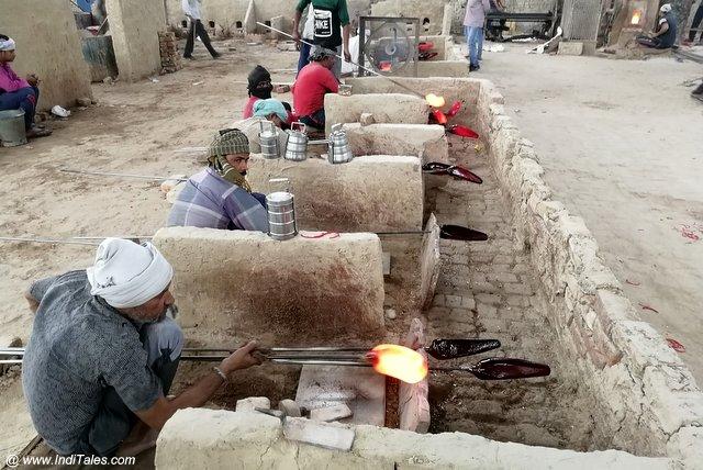 फिरोजाबाद का चूड़ी उद्योग