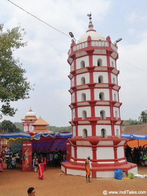 दीपस्तंभ - गोवा के मंदिरों की विशेष शैली मैं
