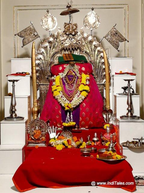 कोल्हापुर भवानी मंडप में तुलजा भवानी का मंदिर