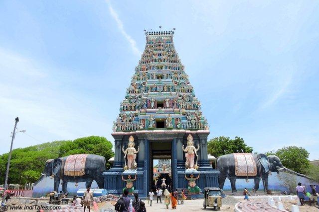 नागपूषनीअम्मा मंदिर - श्री लंका