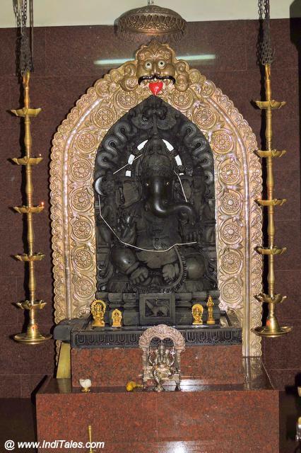 गणपति मूर्ति - शक्ति गणेश मंदिर