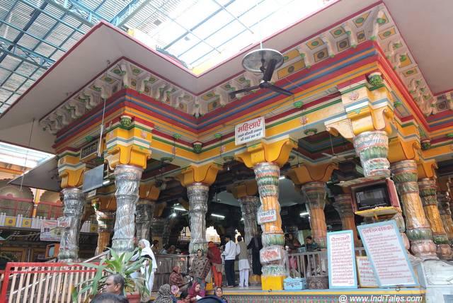 Dwarkadheesh Temple at Mathura