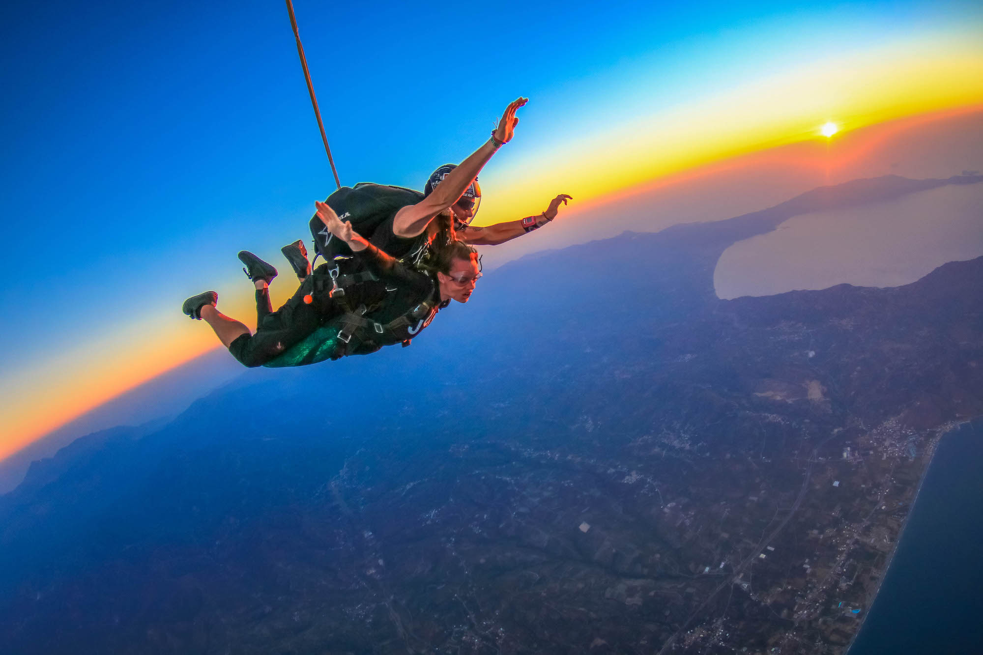 Skydiving in India – Fall that One Can Never Escape - Inditrip