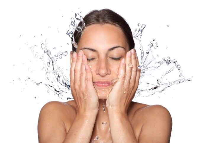 How to Choose the Best Facial Cleanser