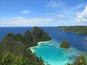 Puncak Wayag 1-2 Indonesia A-Z