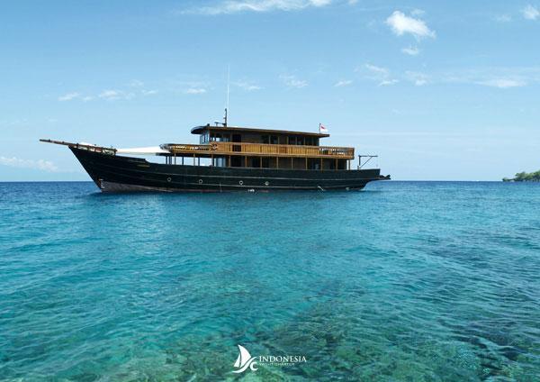 Amanikan Indonesia Yacht Charter
