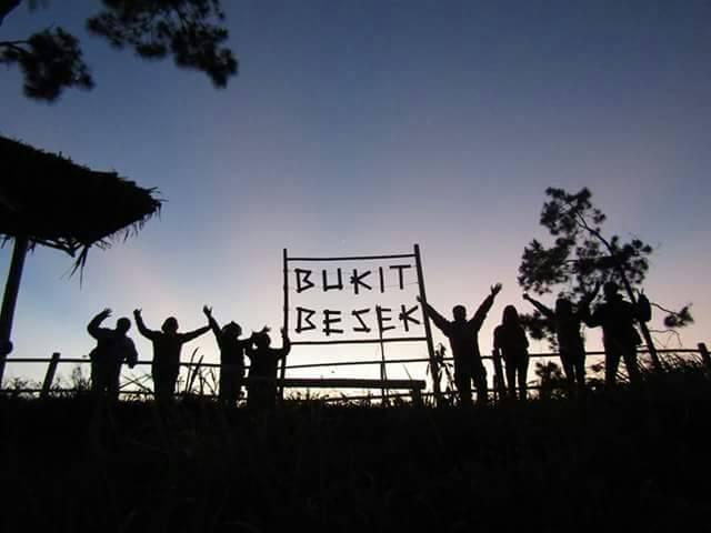Bukit Besek, Indonesia Traveller Guide
