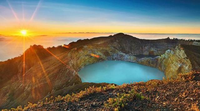danau kelimutu wisata nusa tenggara timur, indonesia traveller