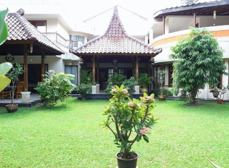 Rumah Bintaro Jaya 9
