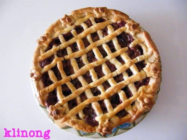Racsos Szilvas Lepeny (Lattice Plum Pie)