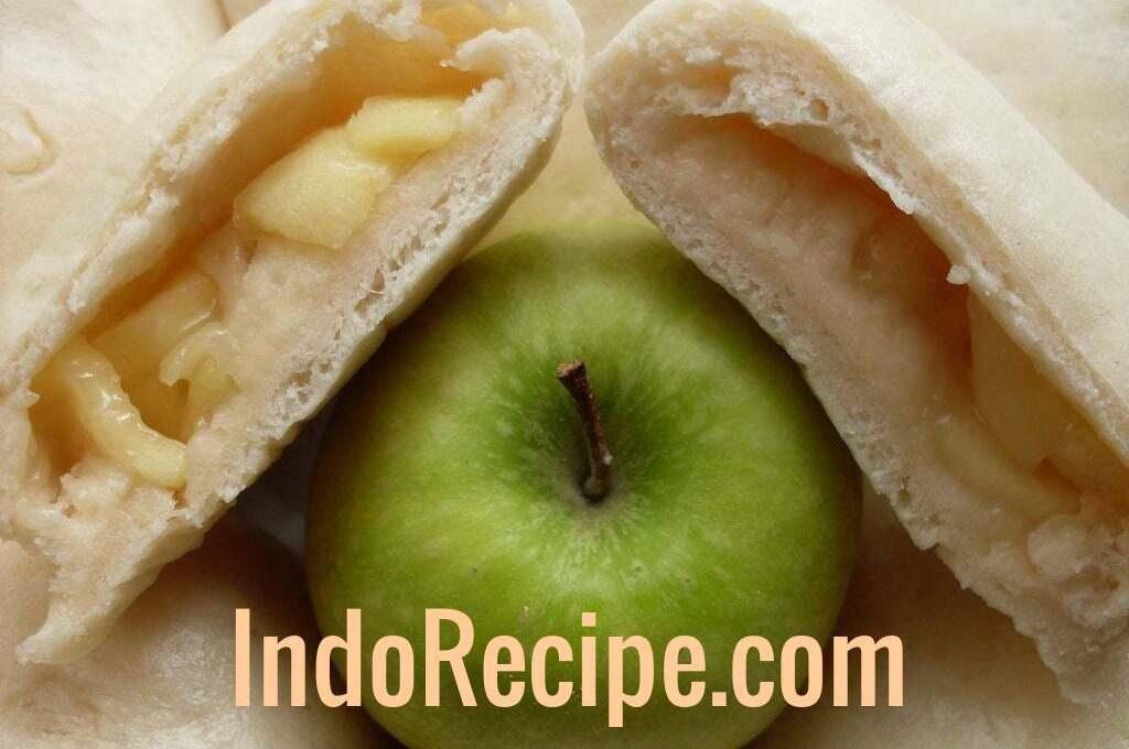 Bakpao Apel (Buttery Apple Buns)