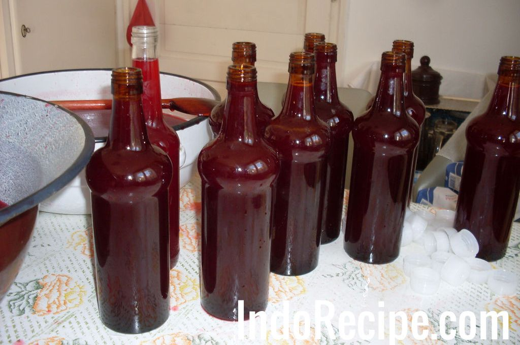 Old Style Raspberry Syrup (Malna Szorp)