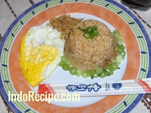 Nasi Goreng Ikan Tuna (Tuna Fried Rice)
