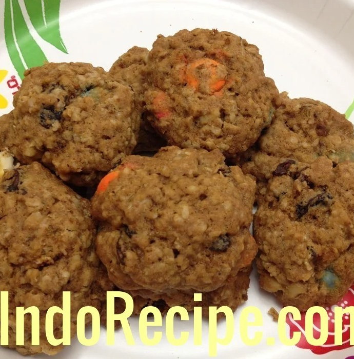 Smarties Oatmeal Cookies (Leftover Halloween Candies)